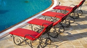 Wi-Fi Hacking at the Hotel Pool